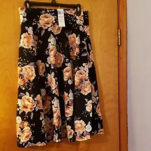 Agnes and Dora Midi Skirt, NWT, sz L